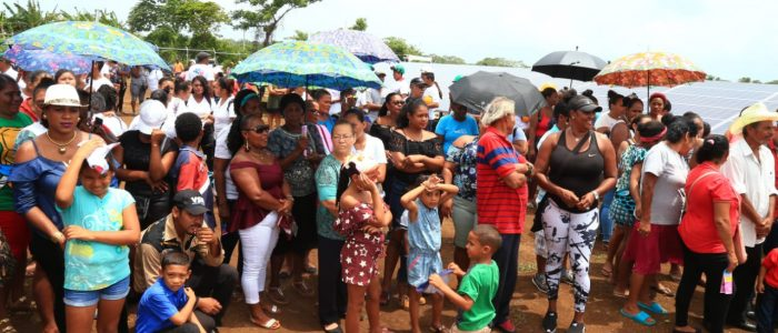 Inauguración Nicaragua. Corn Island. Hybrid Micro-Grid. Microrredes híbridas