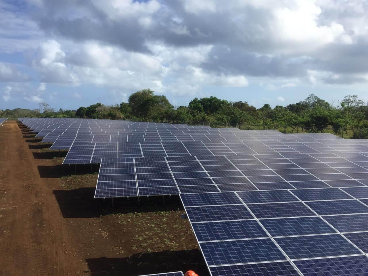 Proyecto Corn Island Nicaragua Solartia